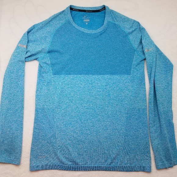 db349bc29b5f2 Nike Running Dri Fit Blue Long Sleeve Pullover